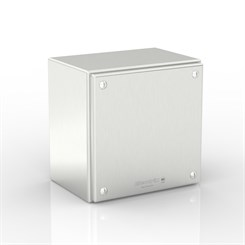 SL-XTCE40-S316 | Slimline Junction Box with Removable Stand-Off Mounting Pillars